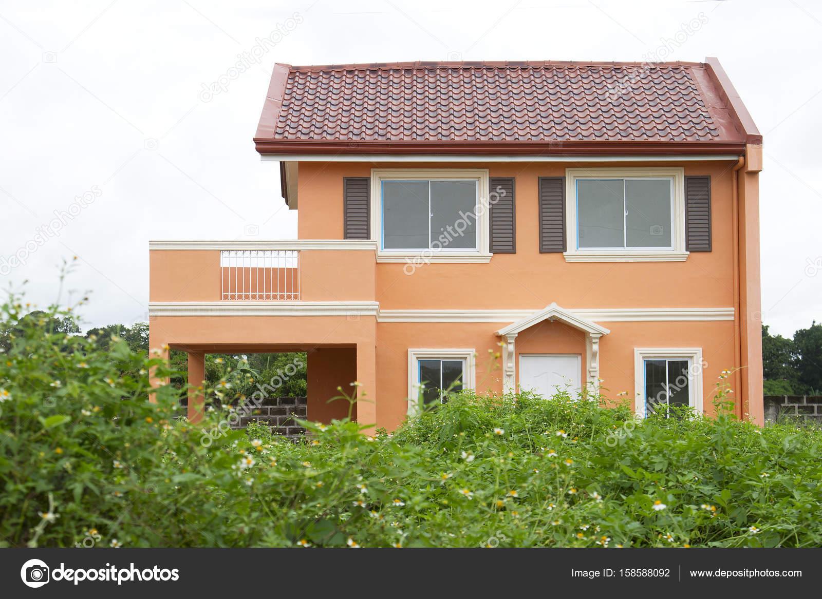 Orange, modernes Haus — Stockfoto © fiftycents #158588092