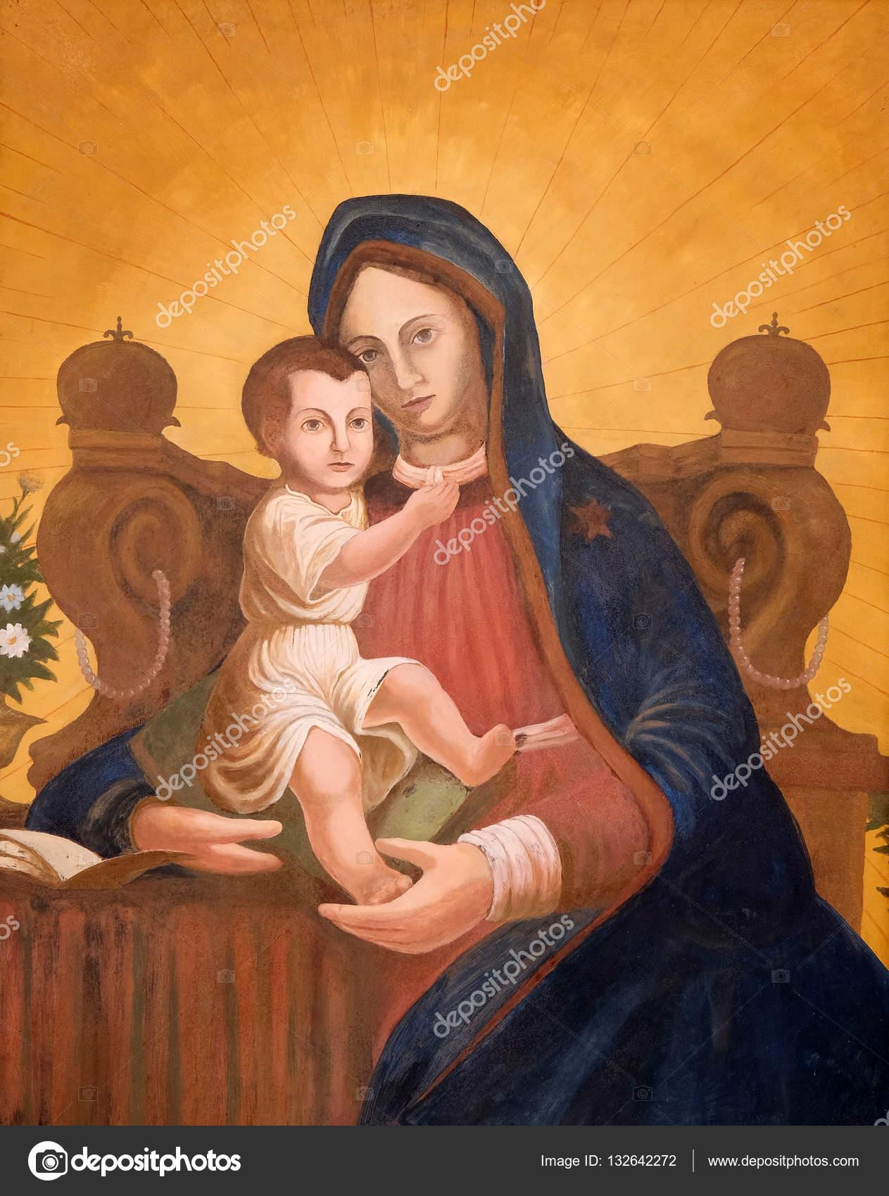 virgin mary with baby jesus stock editorial photo zatletic