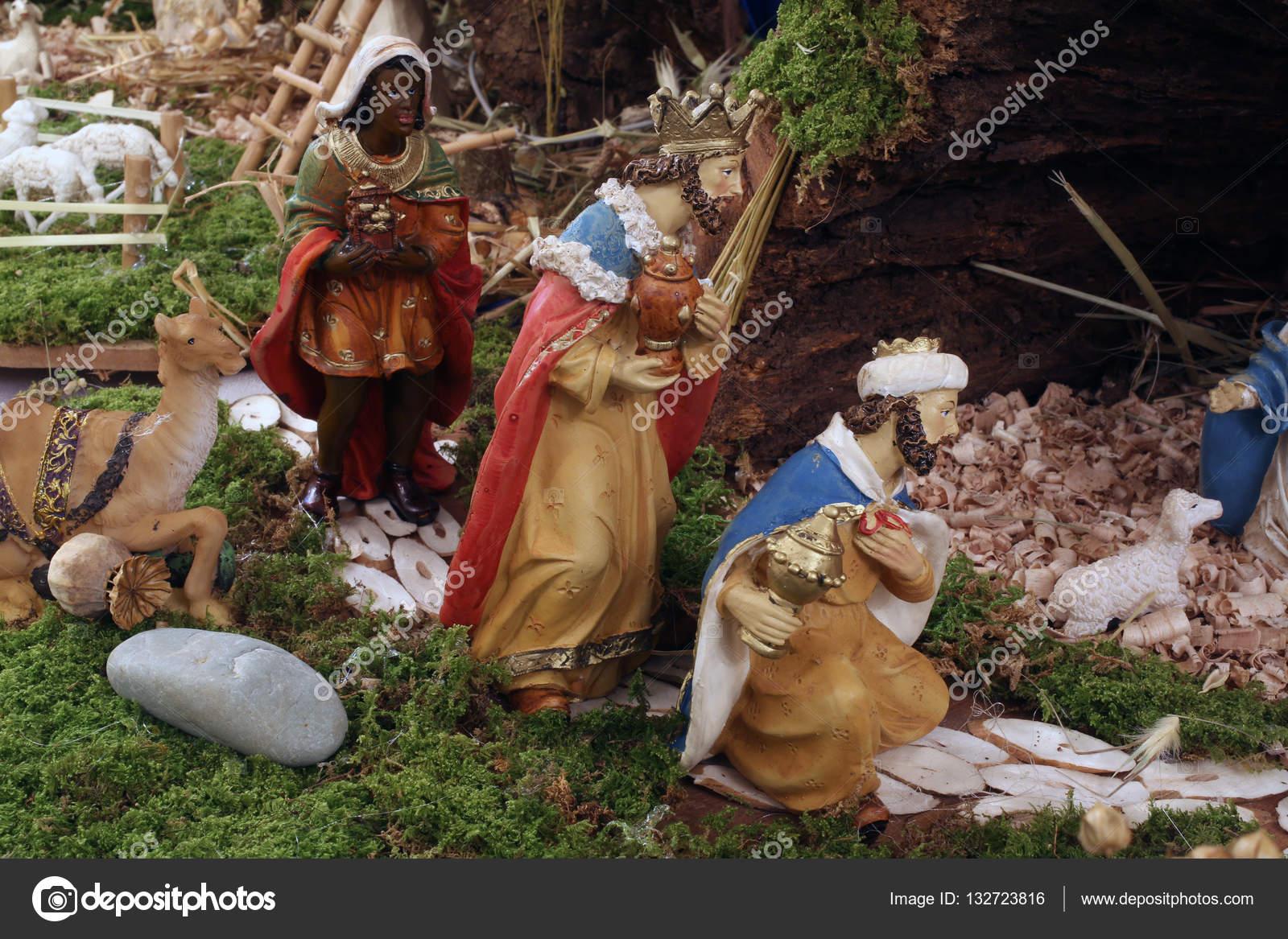Escena de la Natividad, nacimiento de Jesús — Foto editorial de ...