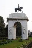 Fotografie Edwards Vii Rex Imperator Statue, südlichen Eingang des Victoria Memorial Gebäude in Kolkata, Westbengalen, Indien