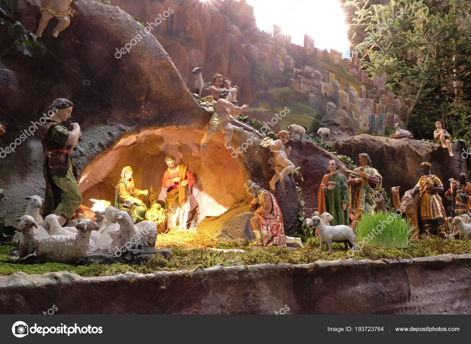 Bilder Krippe Weihnachten.Krippe Weihnachten Krippe Der Kathedrale Von Zagreb Stockfoto