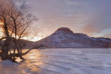 Flatiron Reservoir Winter Sunrise