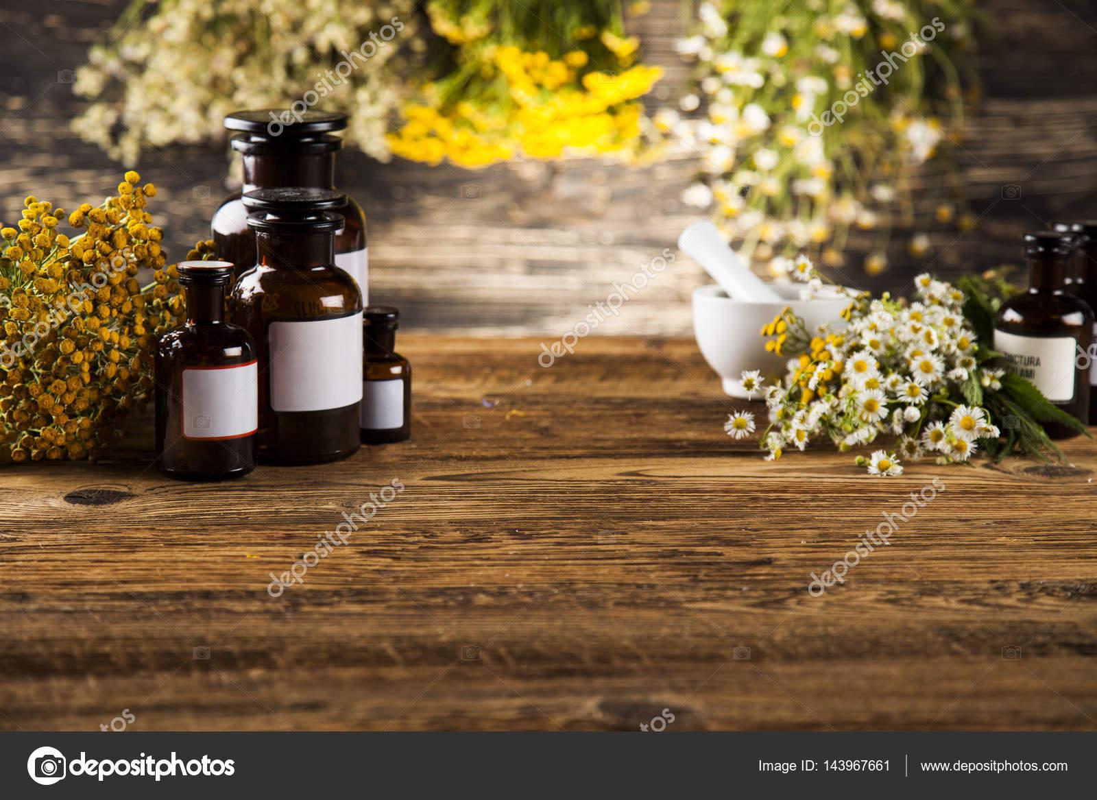 Natural medicine, Herbal medicine — Stock Photo
