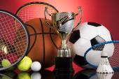 Fotografie Trofej Vítězství, sportovní míč pozadí