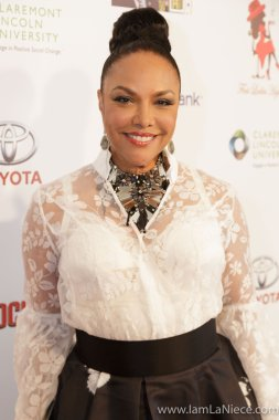 Lynn Whitfield at The 19TH Annual First Ladies High Tea 10-22-16 at the Beverly Hilton Hotel in Beverly Hills, CA