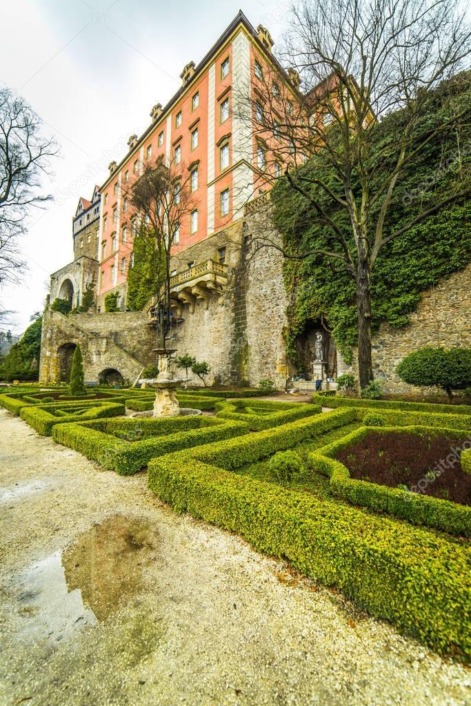 Фотообои Garden in Ksiaz Castle