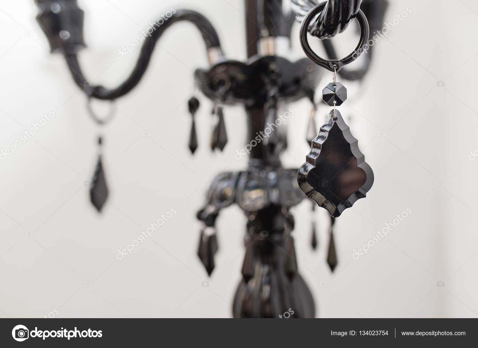 Kronleuchter Glaskristalle ~ Zeitgenössische schwarze glas kronleuchter kristalle auf weißem