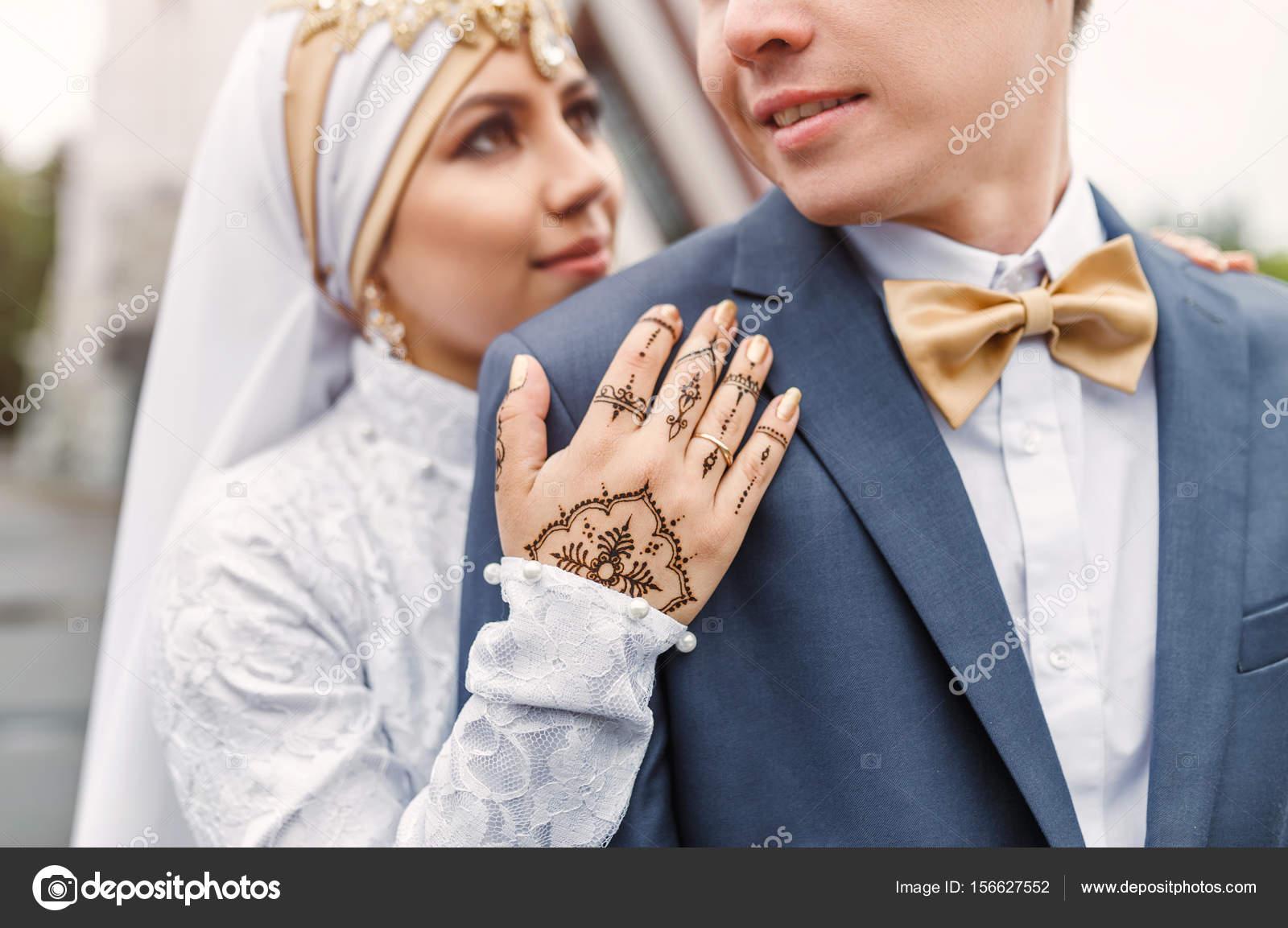 Couple de mariage arabe nikah lors de la cérémonie de