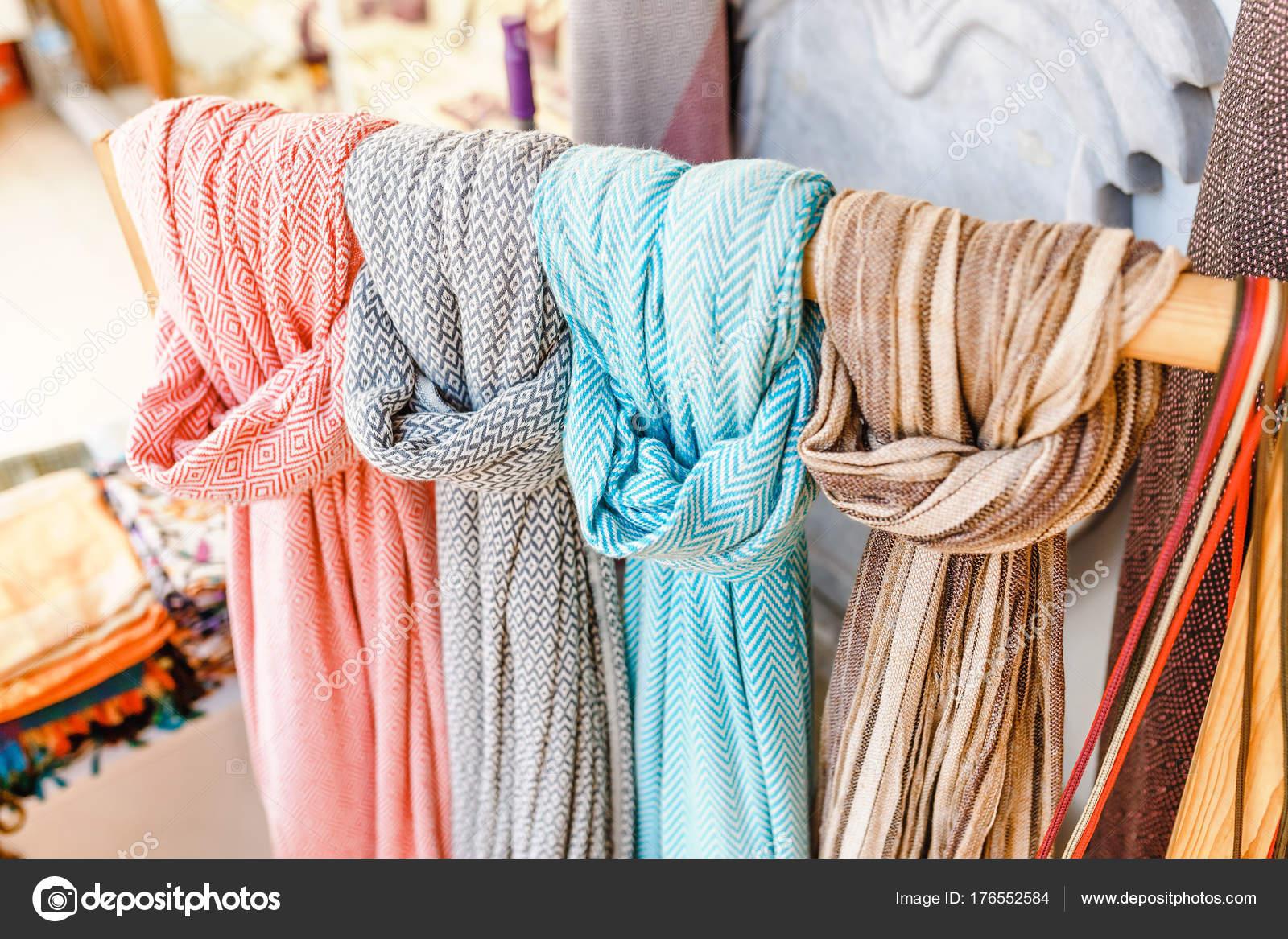 Bagno turco o bagno di vapore professionale e domestico nel box doccia