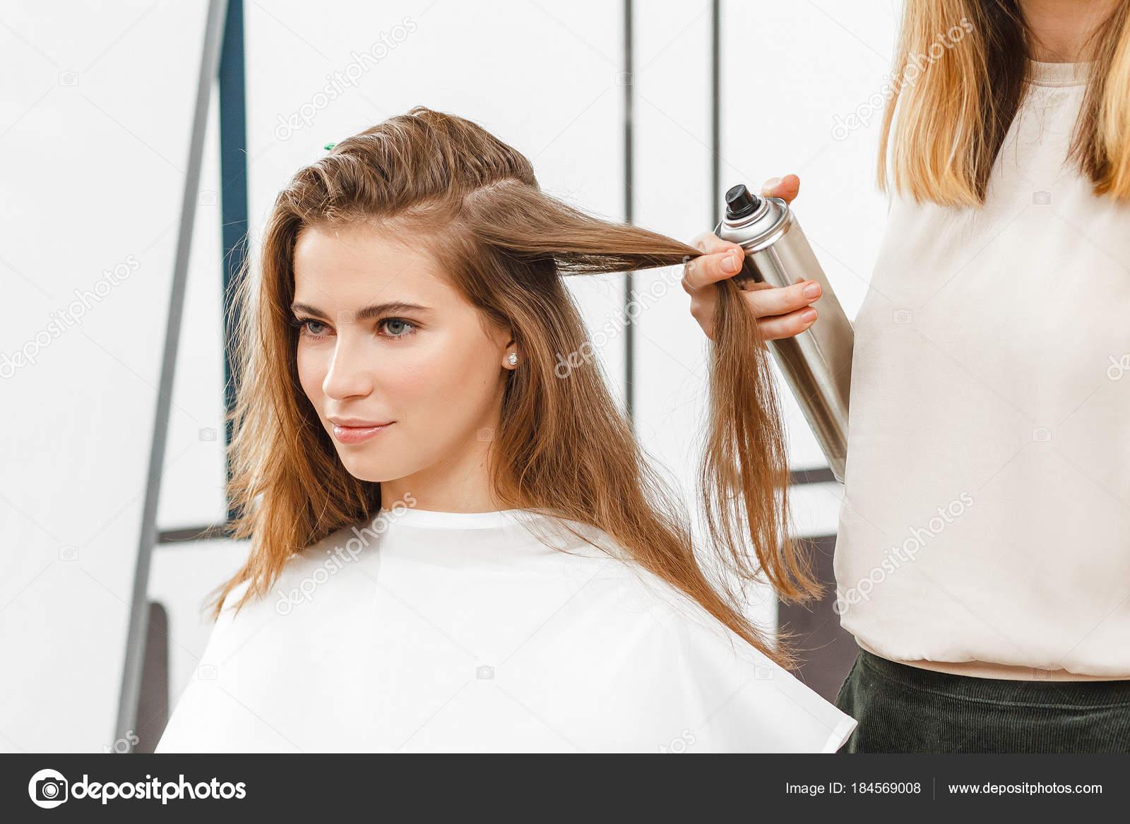 美容師、美容サロン、スタイリスト、ファッションのコンセプトに