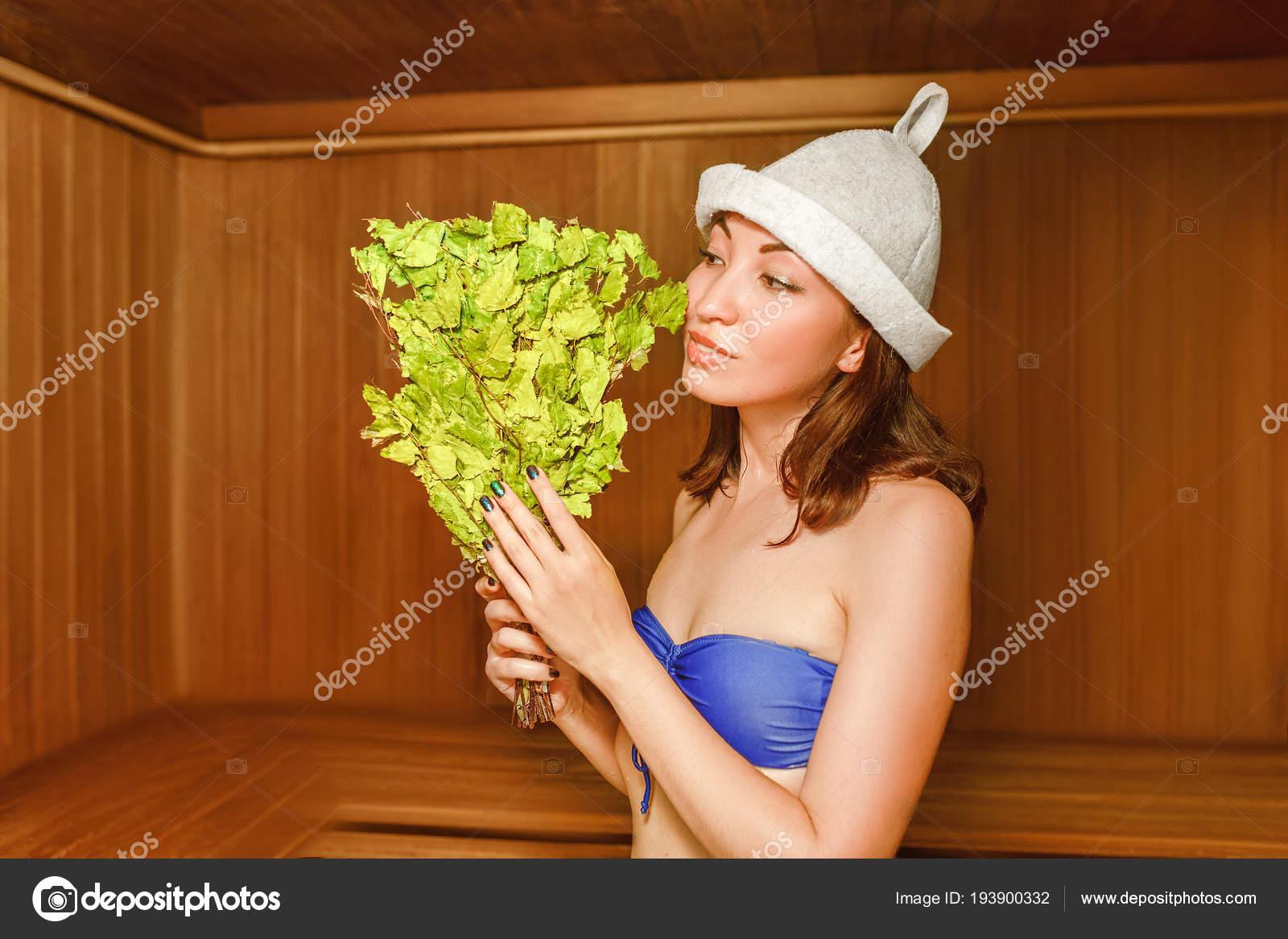 Chloe vevrier lingerie