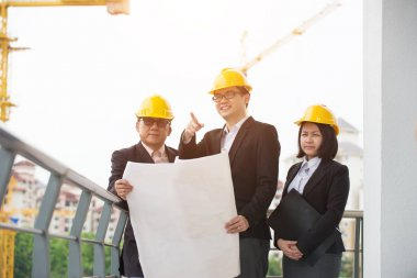 Team of engineers at the construction