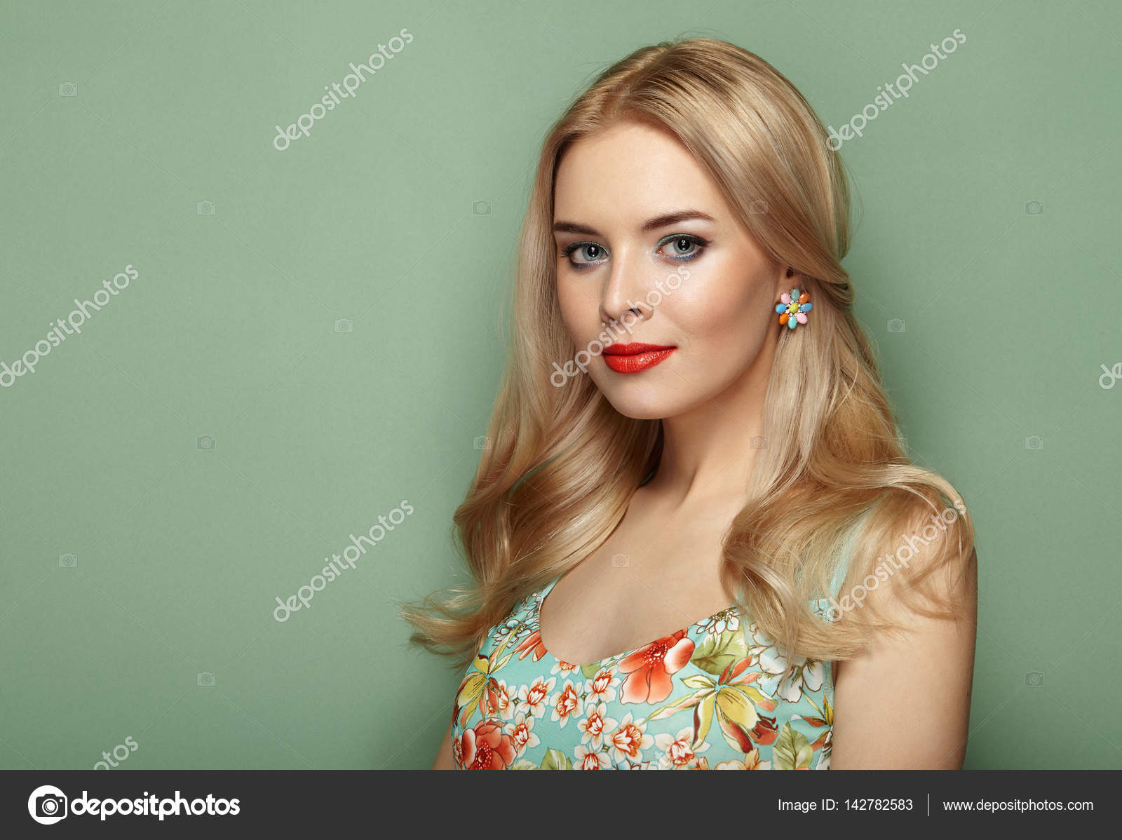 191795702a0 Blonde young woman in floral summer dress — Stock Photo ...
