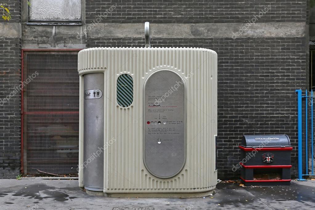 Automatyczne Toalety Publiczne Zdjęcie Stockowe Editorial