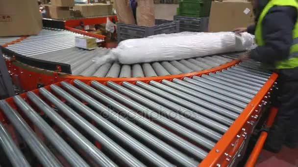 Conveyor Rollers Shipping and Distribution