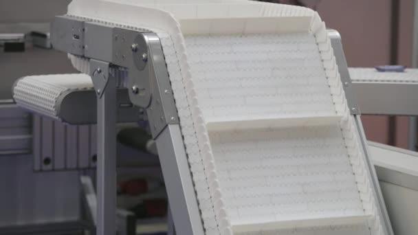 Conveyor Belt Going Up