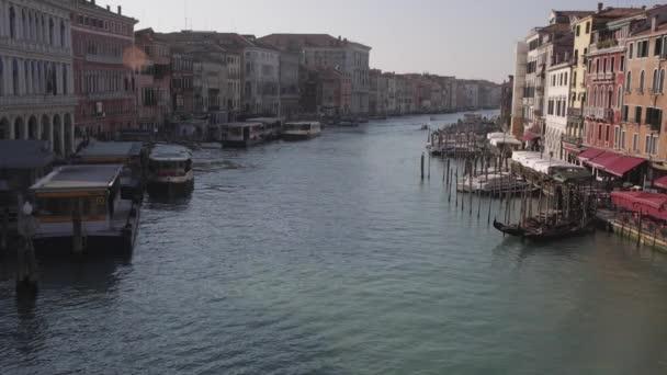 vodní autobus Benátky