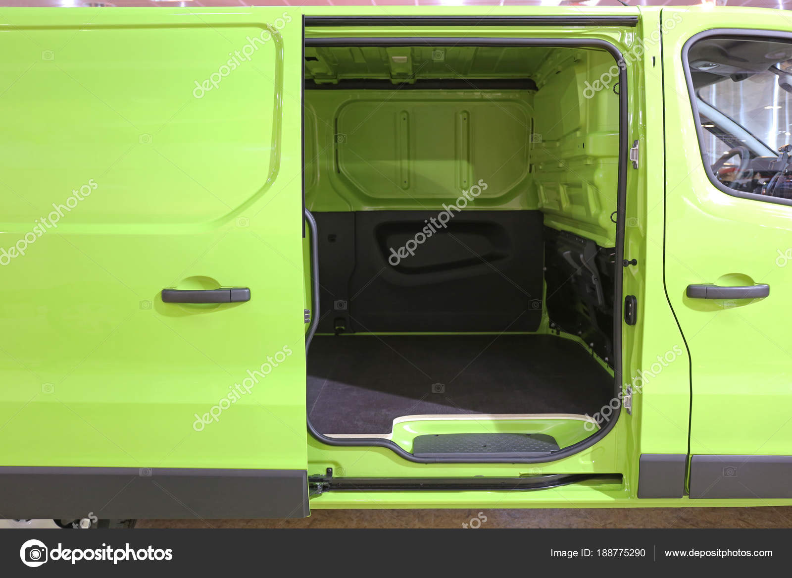 Van Sliding Door Stock Photo Baloncici 188775290