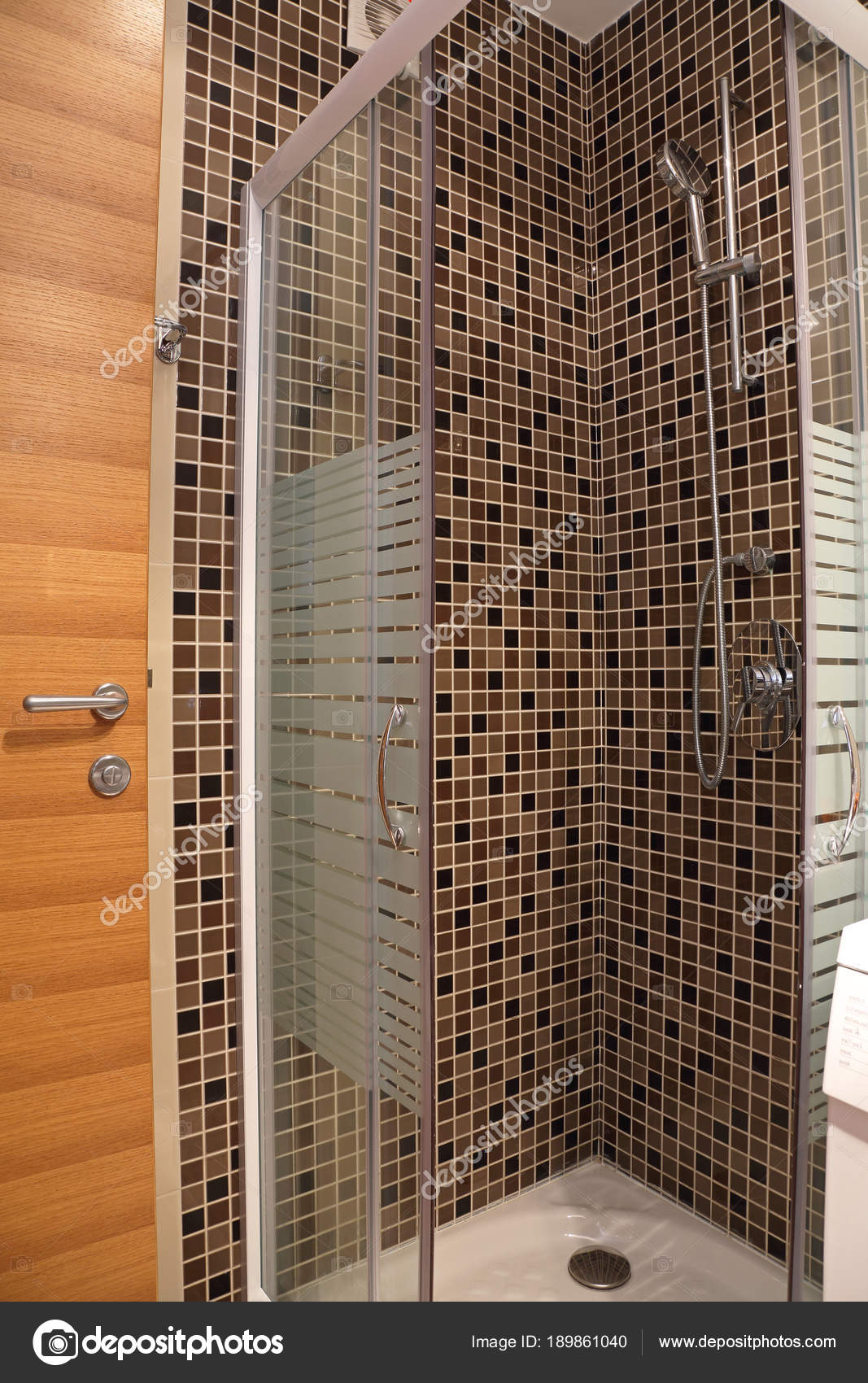 Modern Shower Cabin — Stock Photo © Baloncici #189861040