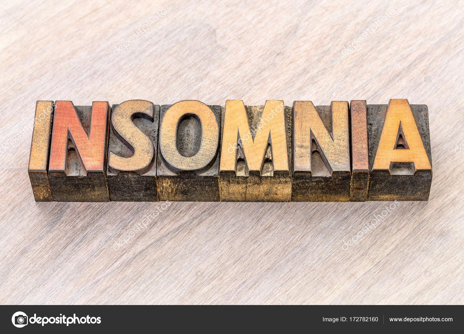 Zusammenfassung von Schlaflosigkeit Wörter in Holz-Art — Stockfoto ...
