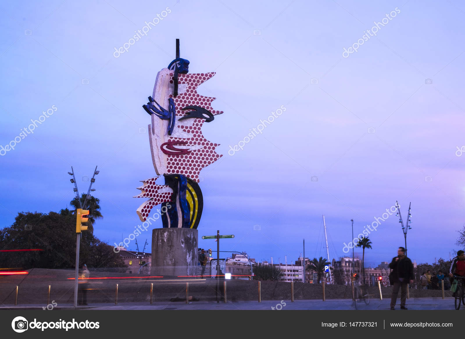 e003e6bc033 El Cap de Barcelona or La Cabeza de Barcelona sculpture of Roy L ...