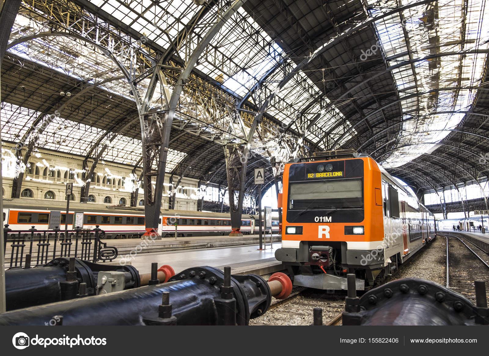 Estacion De Tren De Francia Estacion De Francia En Barcelona