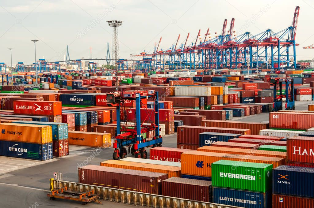 Straddle Carrier Dienen Container Am Container Terminal Burchardkai