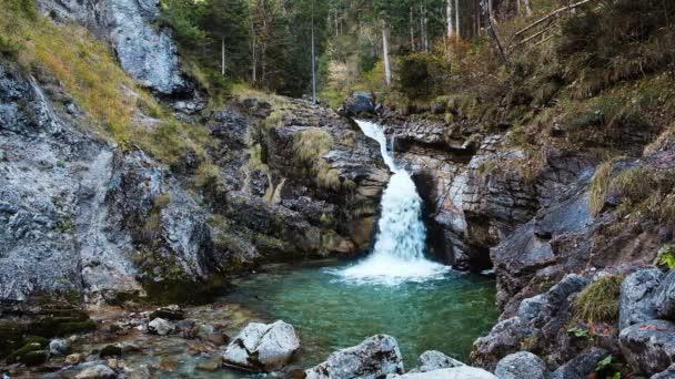 Kuhfluchtwasserfall bei Farchant, Garmisch-Partenkirchen, Bayern, Deutschland