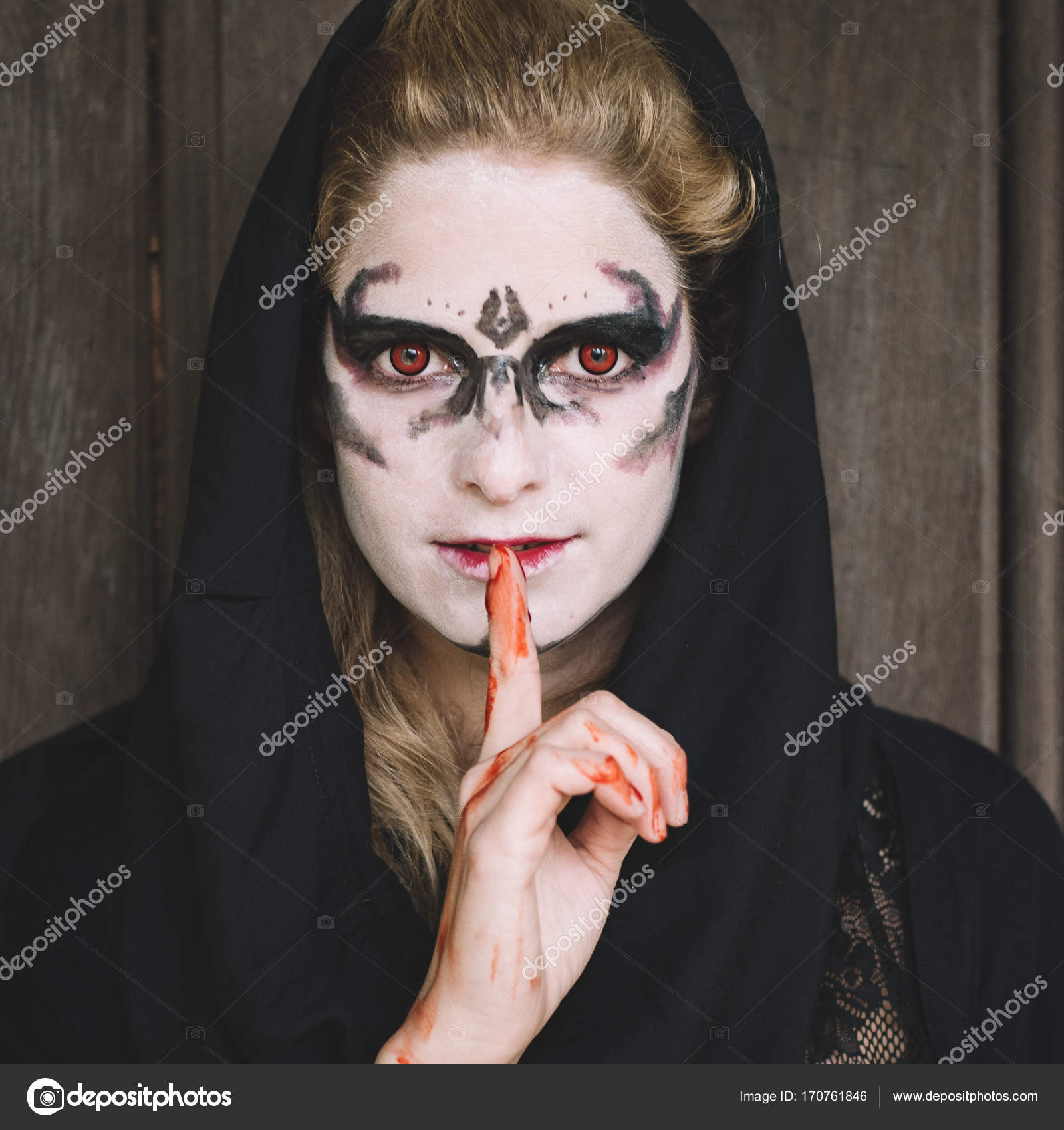 Außergewöhnlich Gesicht Bemalen Sammlung Von Bitte Zum Schweigen Zu Bringen. Bemalte Woman