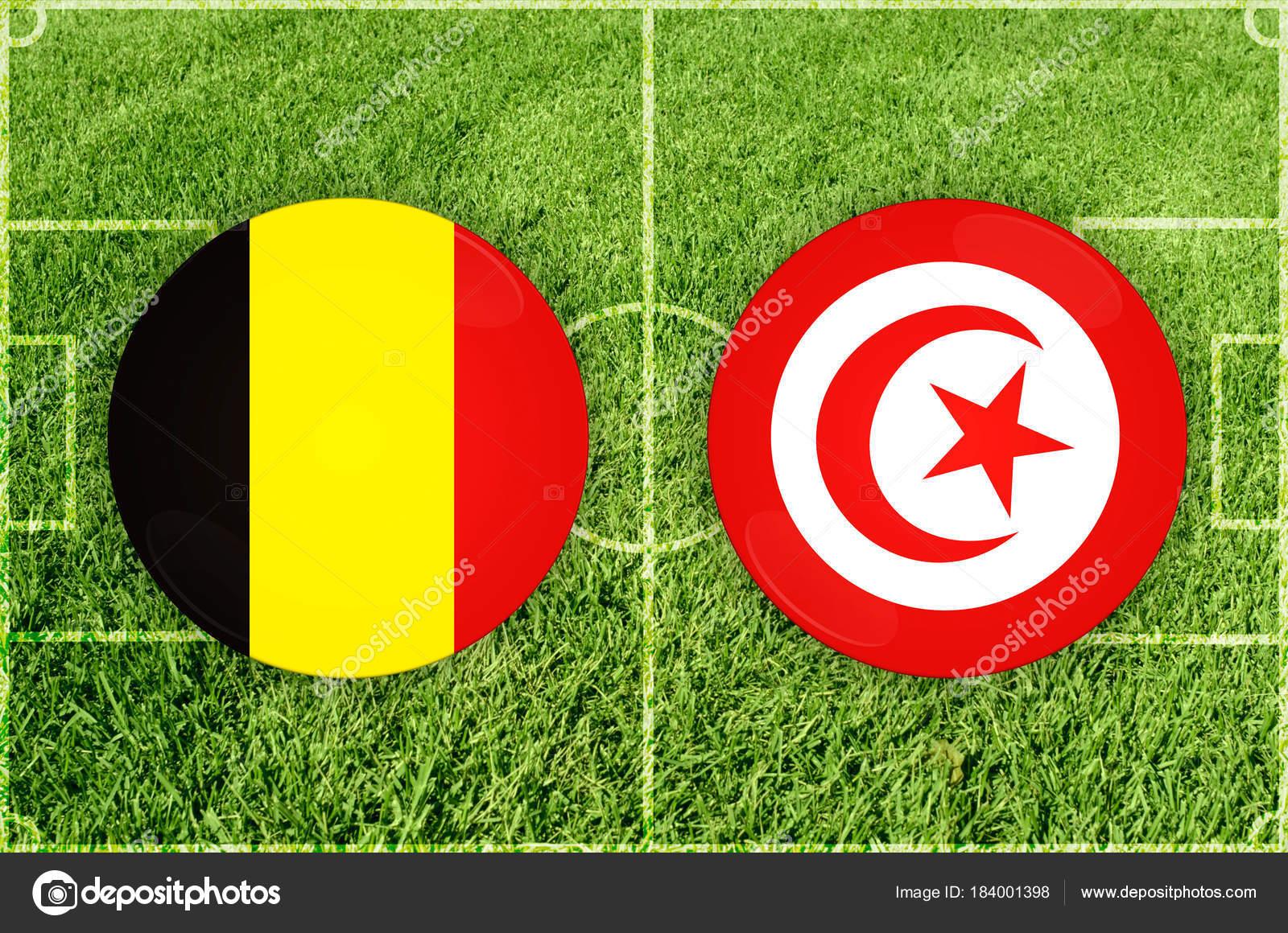 Partido De Futbol De Belgica Vs Tunez Foto De Stock