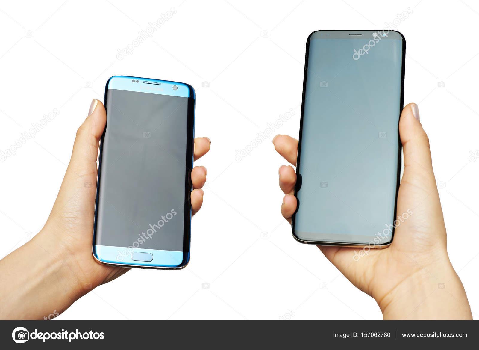 6d4bac6677 Nova york, EUA - 13 de junho de 2017: Samsung s8 plus smartphone em mãos,  isolado no fundo branco — Foto de ...