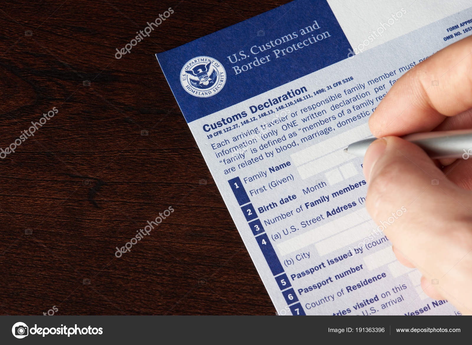 Filling up us customs declaration form stock editorial photo filling up us customs declaration form stock photo thecheapjerseys Images