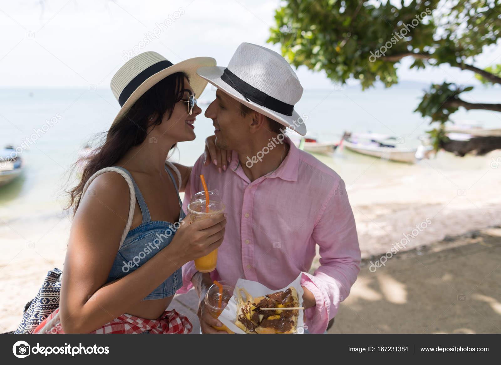 Dating Ταϊλάνδης κυρίες στρατιωτικές ιστοσελίδες dating κριτικές