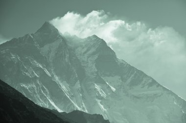 Himalaya mountains peak