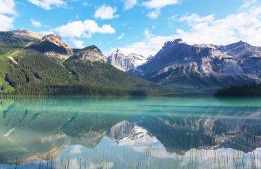 Serenity Emerald Lake