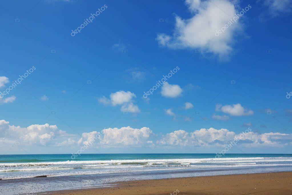 Фотообои Beach on the ocean coast nature background