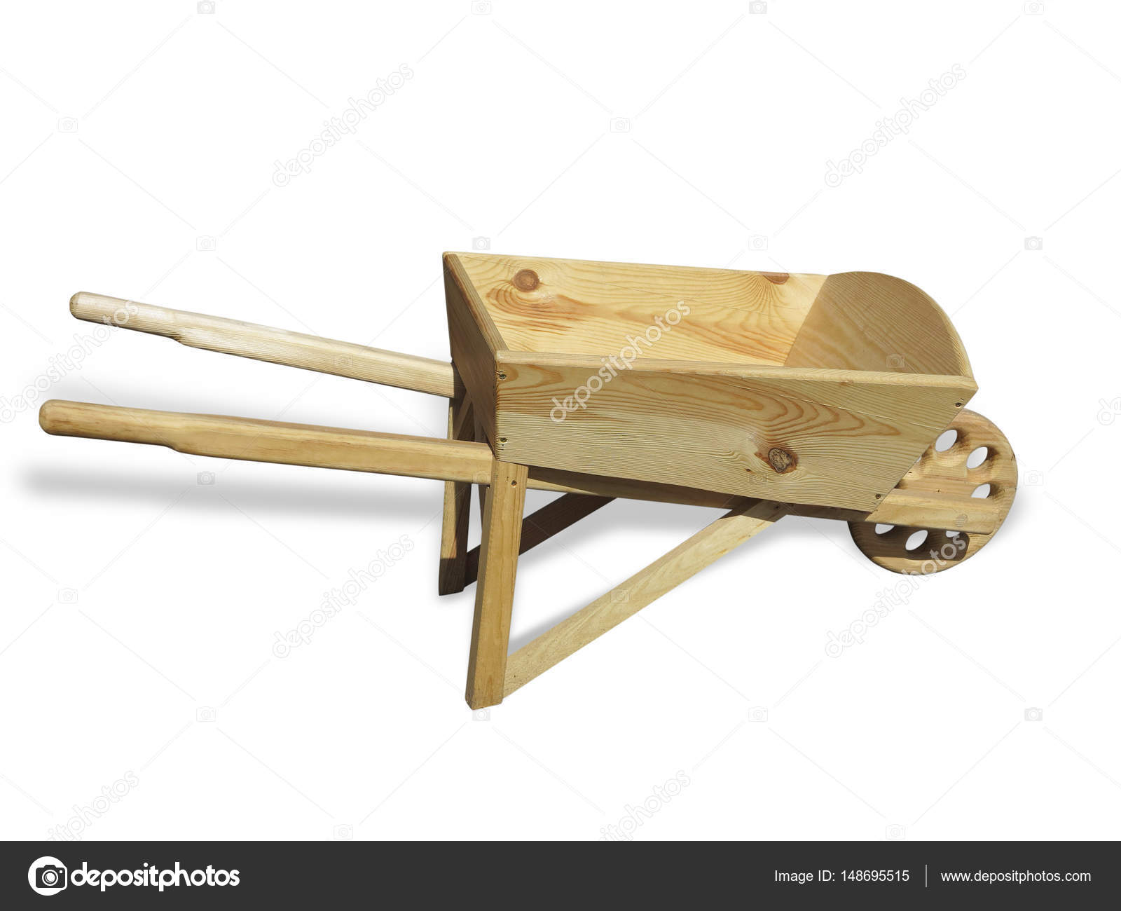 Carrello vuoto carriola di legno per il giardino isolato sopra bianco foto stock arogant - Carriola in legno da giardino ...