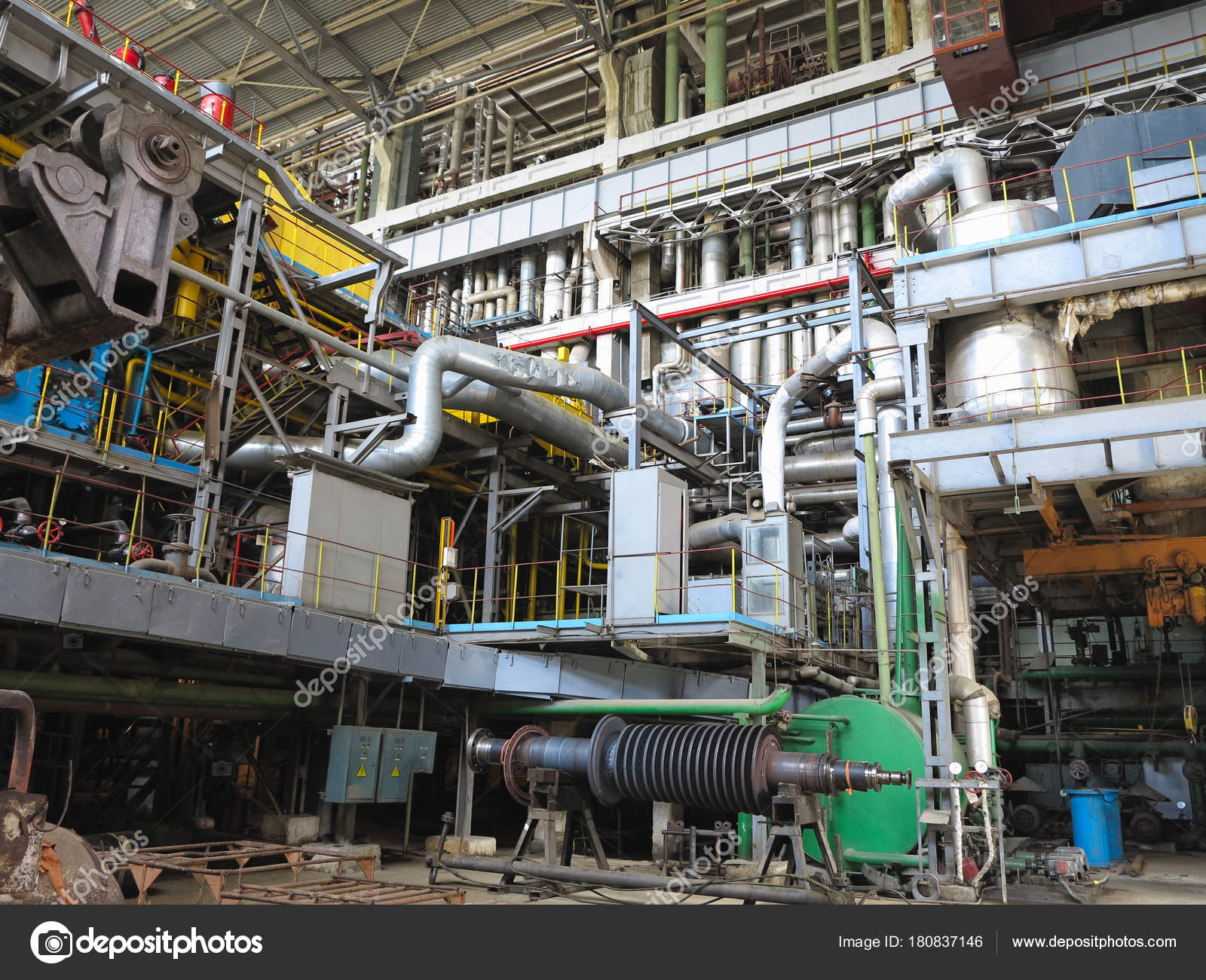 steam turbine generator machinery pipes tubes at power plan