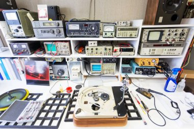 workbench of hifi repairer