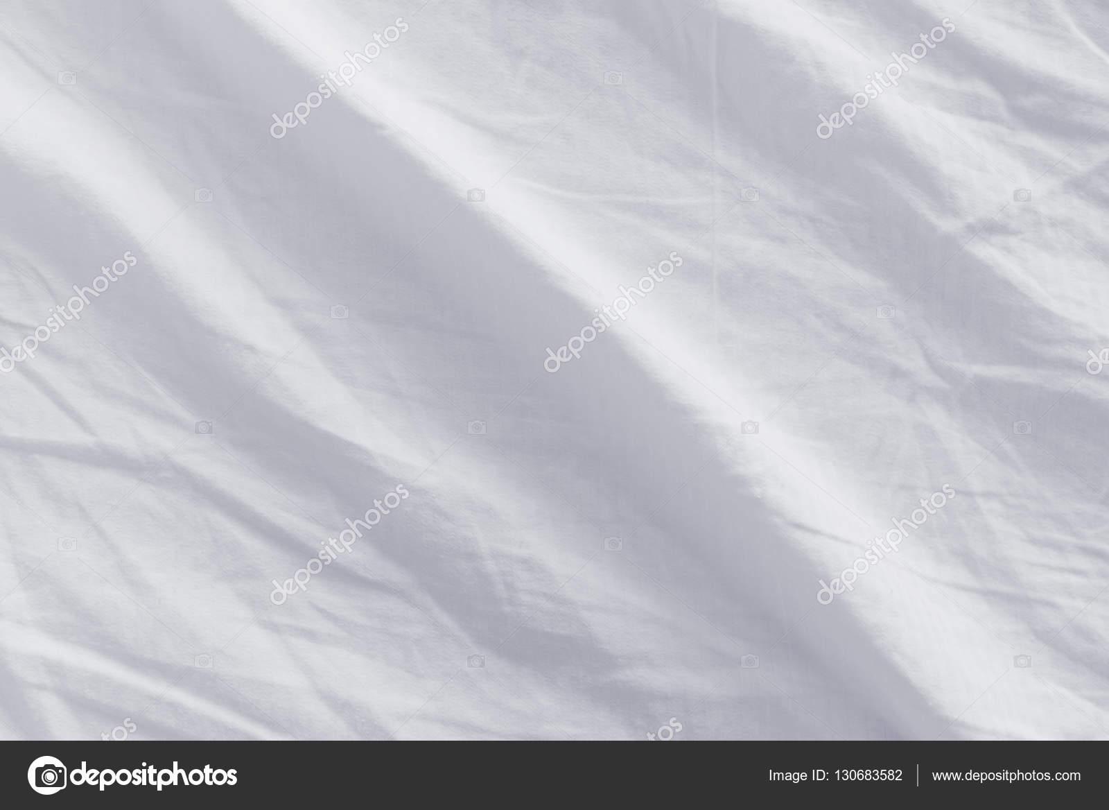 구겨진된 침대 시트 질감 — 스톡 사진 © stevanovicigor #130683582