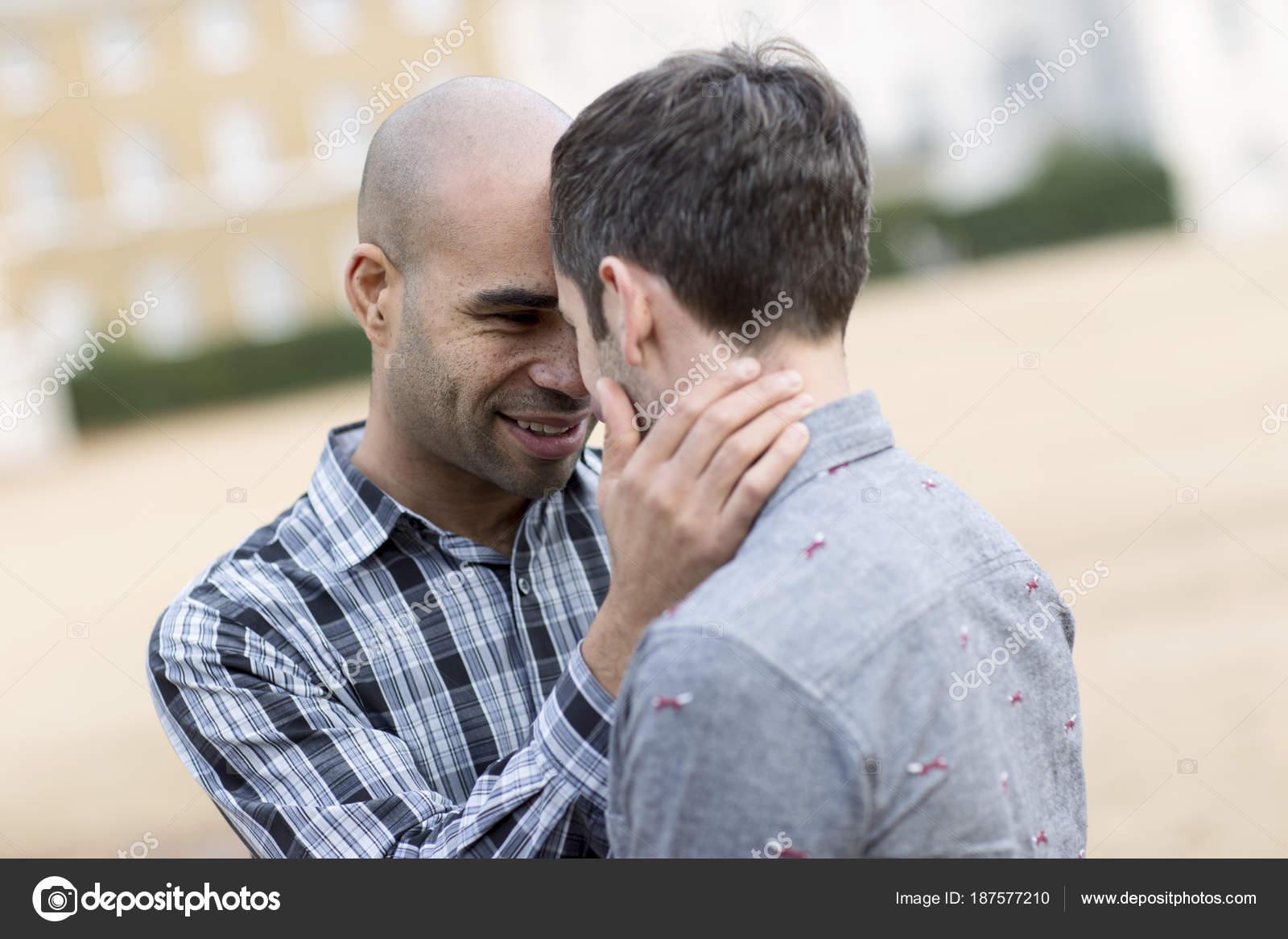 Бесплатные гомосексуальные пары
