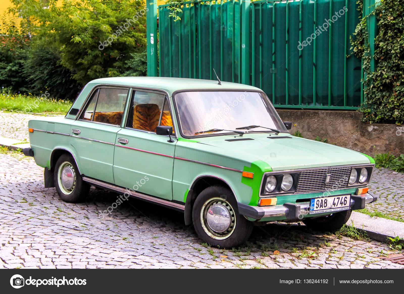 Car Lada 2106 — Stock Photo