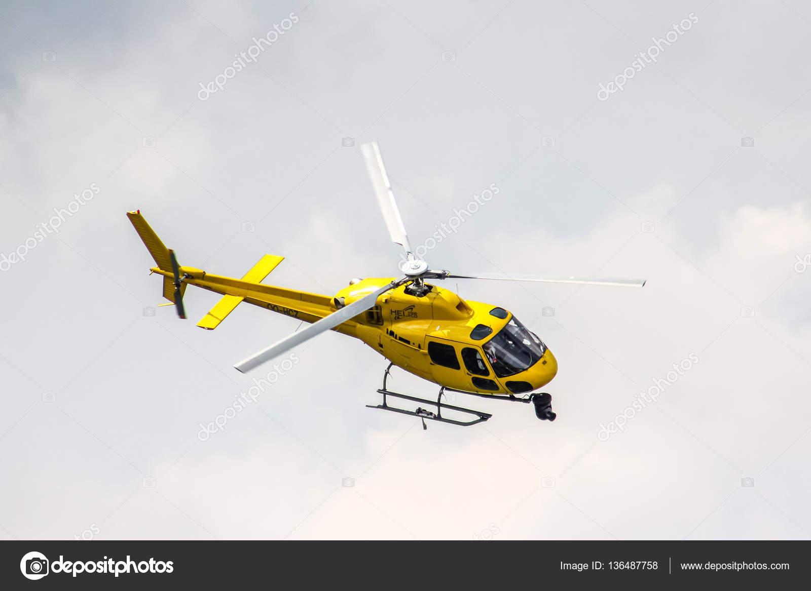 Elicottero 355 : Eurocopter as n ecureuil u foto editoriale stock artzzz