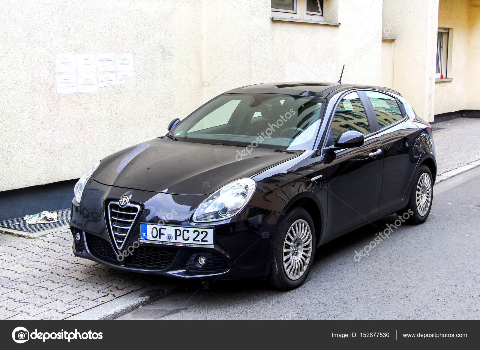 alfa romeo giulietta – stock editorial photo © artzzz #152877530