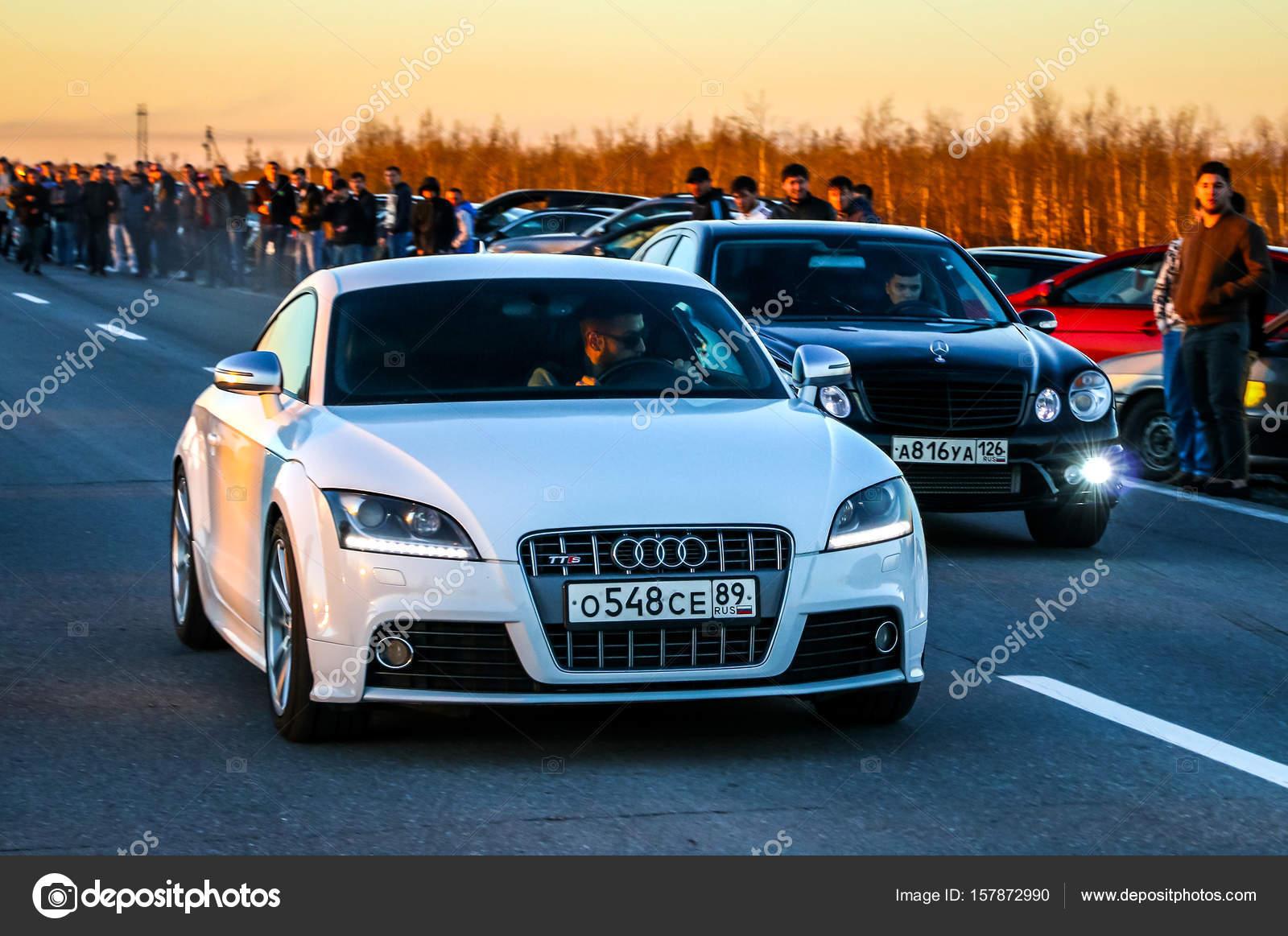 Audi TTS and Mercedes-Benz E55 AMG – Stock Editorial Photo © Artzzz ...