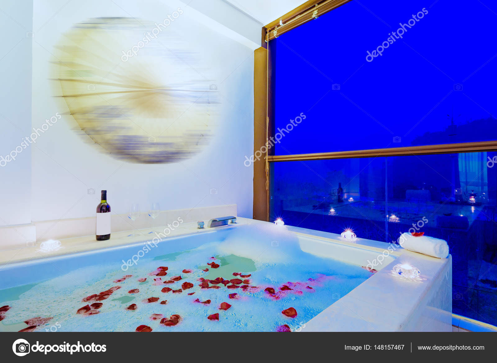 interior of modern spa bathroom — Stock Photo © zhudifeng #148157467