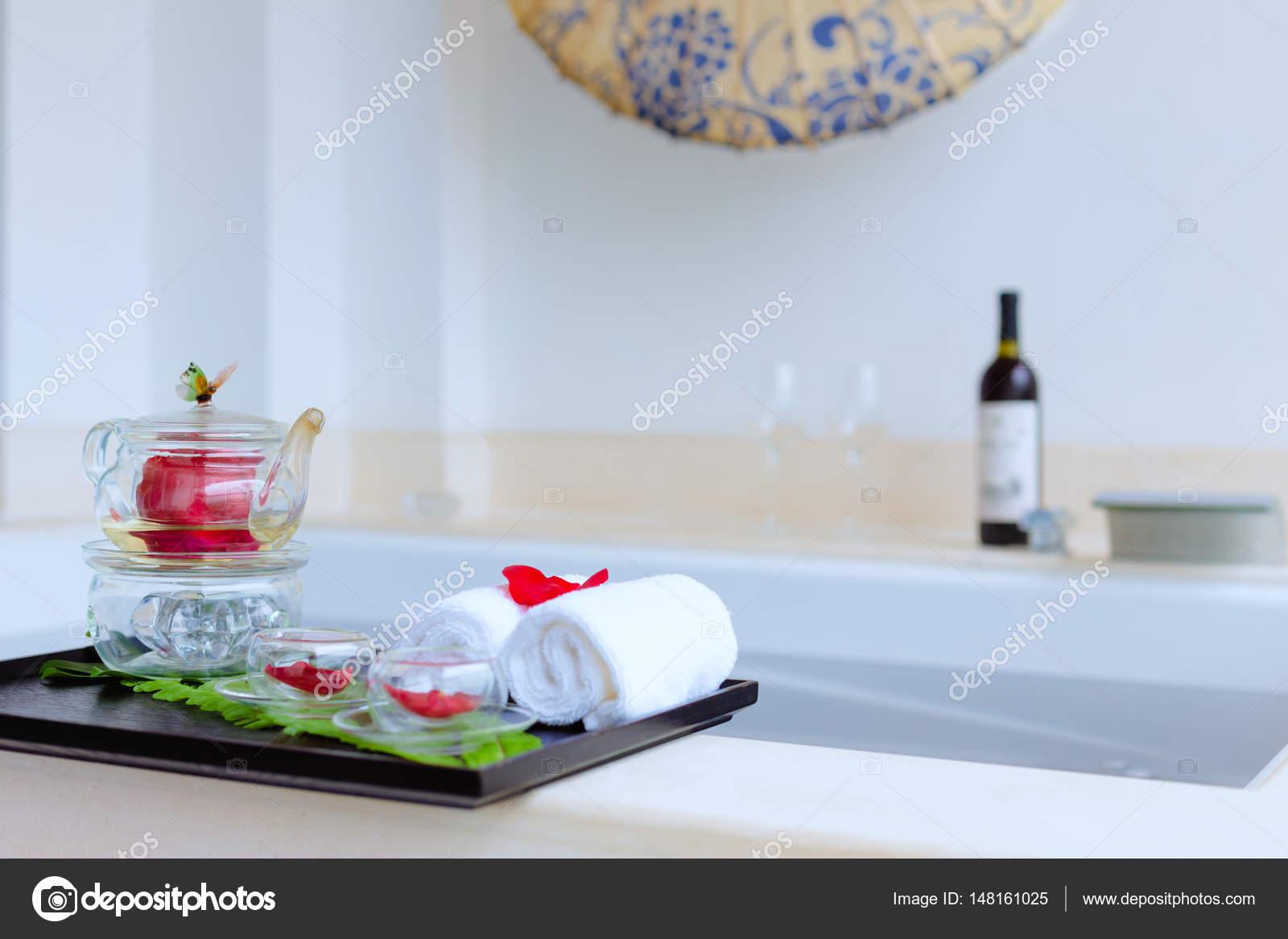 interior of modern spa bathroom — Stock Photo © zhudifeng #148161025