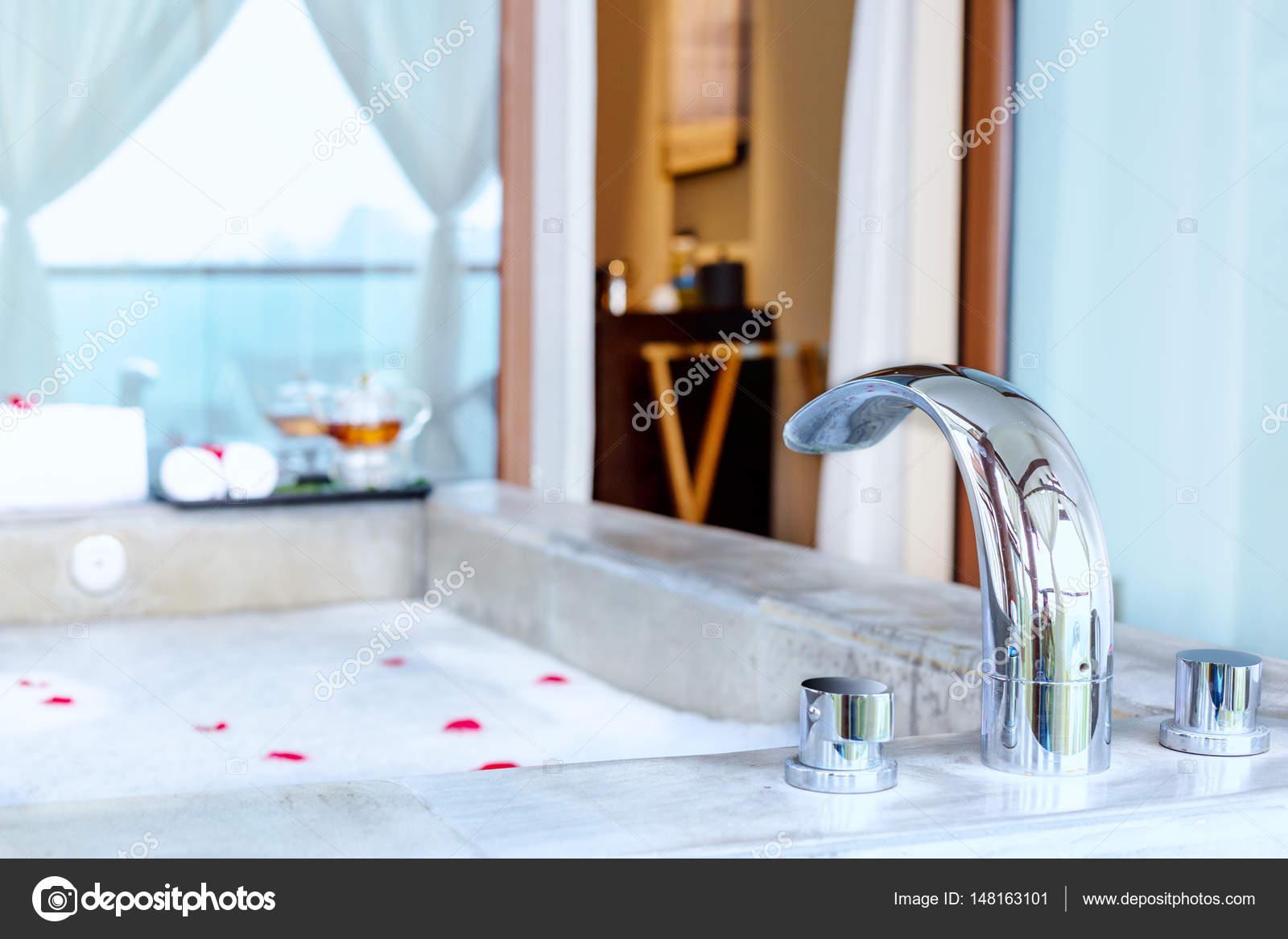 interior of modern spa bathroom — Stock Photo © zhudifeng #148163101
