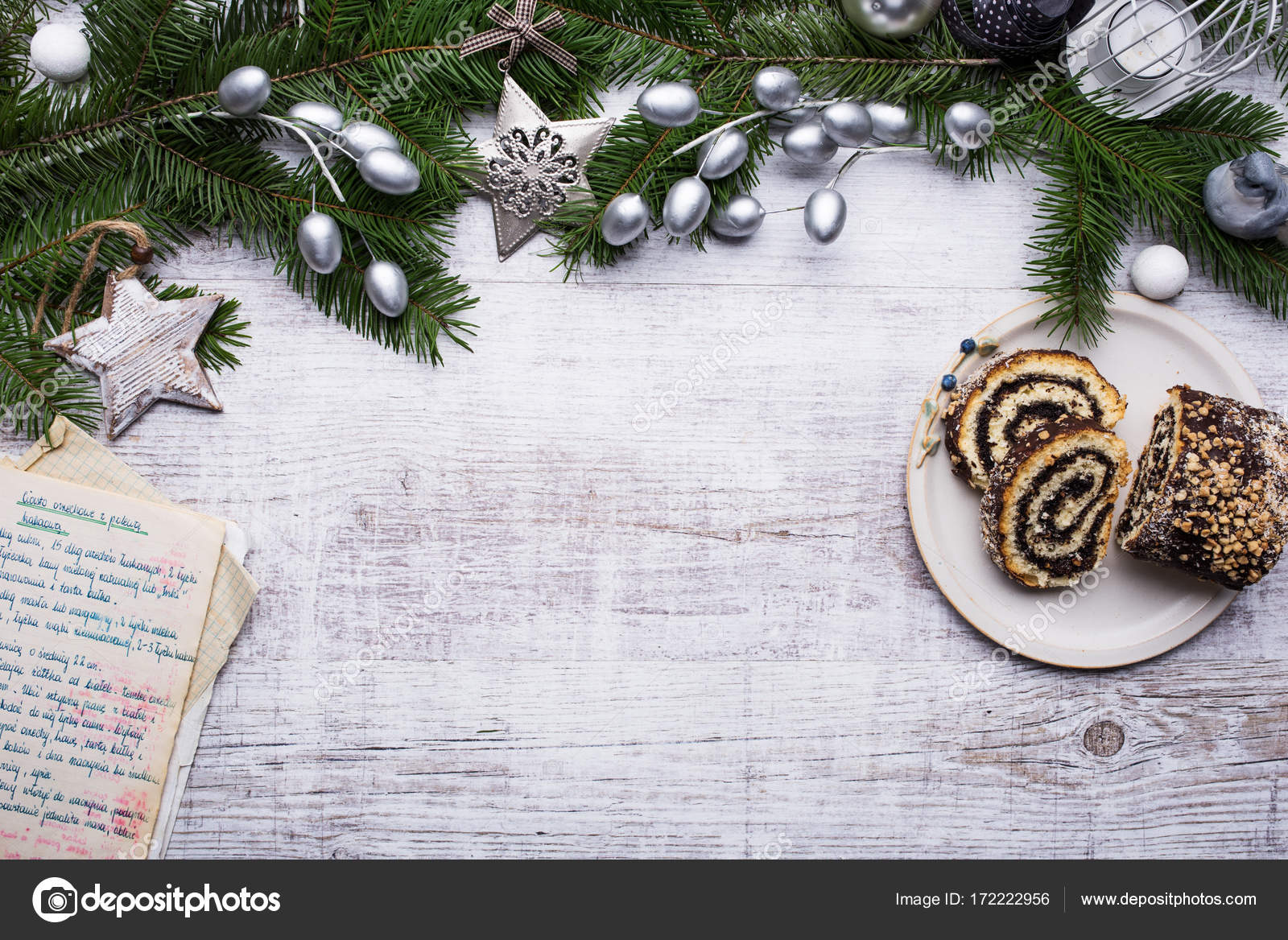 Decoraci n de navidad sobre fondo de madera foto de for Adornos navidenos 2017 trackid sp 006