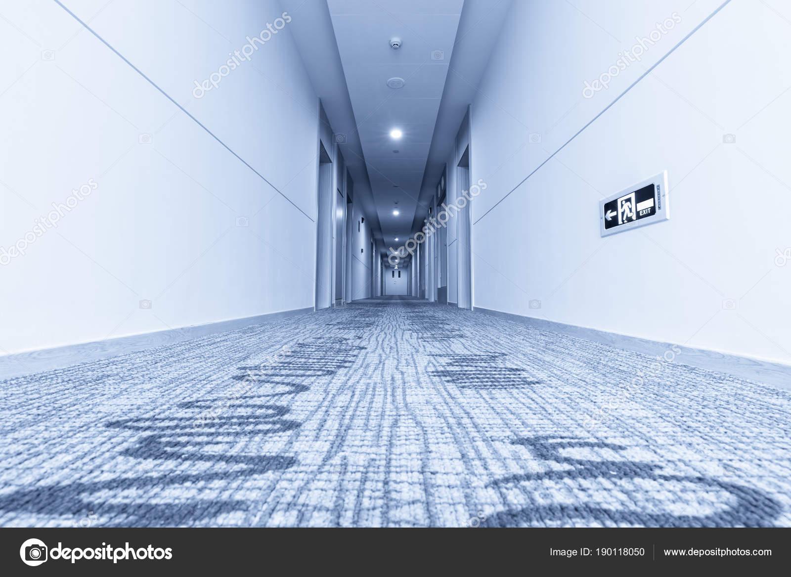 Faszinierend Teppich Für Flur Foto Von Im Hotel Und — Stockfoto
